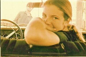 Parabéns pelo seu dia: Mamãe a bordo de um Dojão, em 1971.