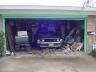 Entre entulhos: Uma garagem no Texas foi seu leito por quase quatro décadas.