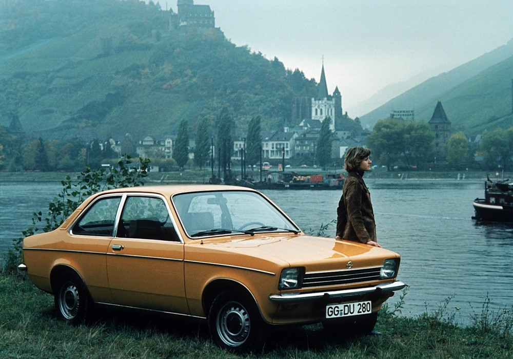 from-rags-to-riches-a-visual-guide-of-the-opel-astra-through-the-years-video-photo-gallery_10[1]